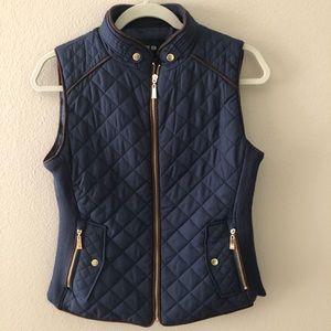 NEW-not been worn-Cute, fun navy vest